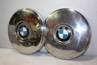 LOT DE 2 ENJOLIVEURS DE ROUE D/268mm...BMW 1602 2002 1800 1802