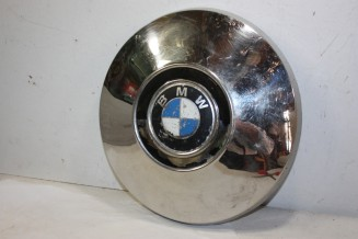 ENJOLIVEUR DE ROUE D/268mm...BMW 1500 1602 2002 1800 1802