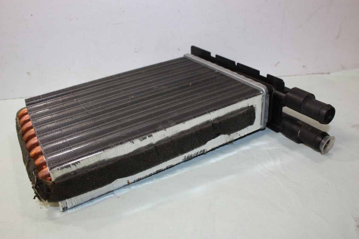 Radiateur chauffage Renault Super 5 1.6 D 1.2 1.4 Turbo GT HELLA