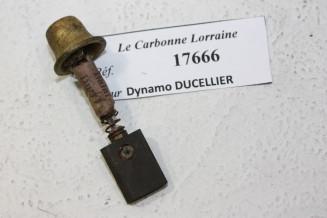 CHARBON 17666 POUR DYNAMOS DUCELLIER...AUTOS AVANT GUERRE voir descriptif