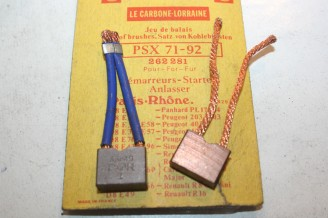 CHARBONS PSX 71-92 POUR DEMARREUR PARIS RHONE...PL17 203 403 404 FLORIDE DAUPHINE R8