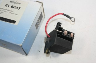 REGULATEUR SOPARTEX RM 21 6037 12V POUR ALTERNATEUR...LADA NIVA 1200/1300/1500/1600