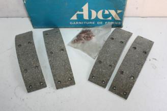 JEU DE GARNITURES DE FREIN ARRIERE ABEX M3538...RENAULT R16 R20 PEUGEOT 304