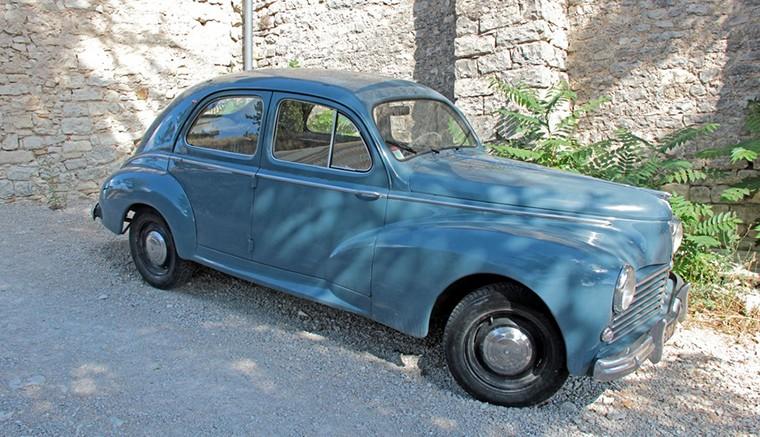 Vente pièces détachées voitures anciennes