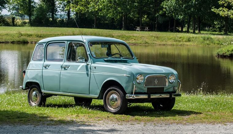 vente pièces détachées véhicules anciens